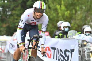 Filippo Ganna vince la cronometro di Palermo al Giro d'Italia