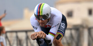 Ganna (Ineos) cronometro individuale Giro d'Italia 2020